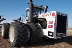 Big-Bud-tractor